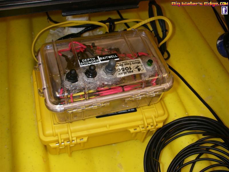 Kayak_detail_051_Medium_ australian kayak fishing forum \u2022 view topic dgax65's malibu x kayak wiring diagram at bayanpartner.co